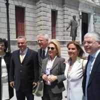 Με τον Μανώλη Κεφαλογιάννη, το Γιάννη Σμυρνιώτη, Δήμαρχο Τριπόλεως, την Ιωάννα Καλαντζάκου και τον Ανδρέα Λυκουρέντζο