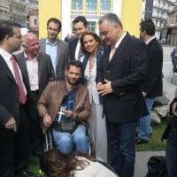 Με τον Μανώλη Κεφαλογιάννη στην πλατεία της Τρίπολης